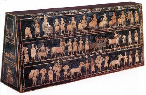 Stendardo di Ur, conchiglie, lapislazzuli, pietre dure su legno cosparso di bitume, 2600-2400 a.C., Londra, British Museum
