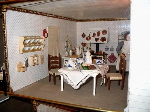 Bergen casa delle bambole norvegia luglio 05 motta for Piano casa delle bambole vittoriana