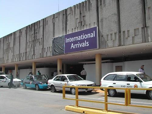 Aeroporto Nairobi : Aeroporto nairobi tanzania  arusha e